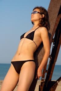 http://localhost/cosmo/wp-content/uploads/2012/04/10/femeie-soare.jpg