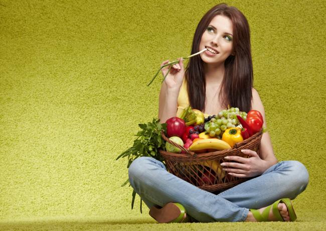 http://localhost/cosmo/wp-content/uploads/2013/11/21/femeie-dieta-vegetariana.png