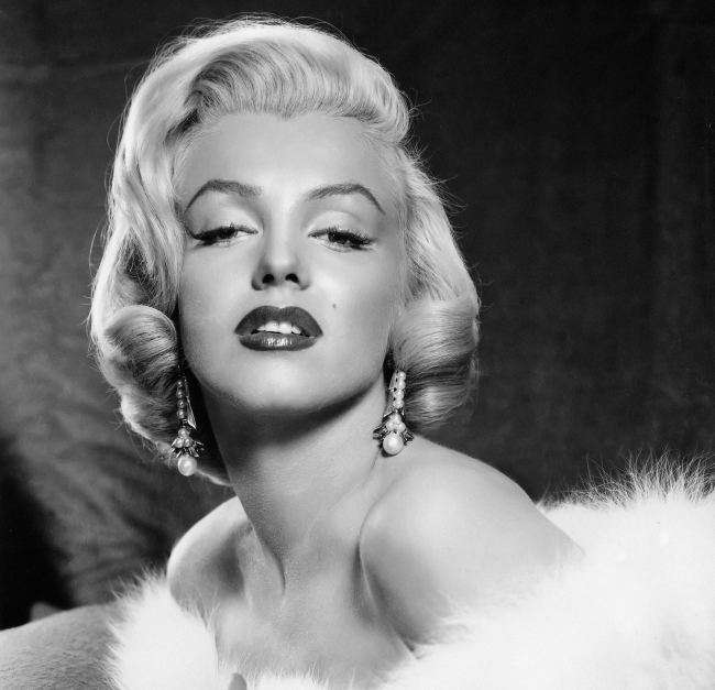 http://localhost/cosmo/wp-content/uploads/2013/12/01/marilyn-monroe.png