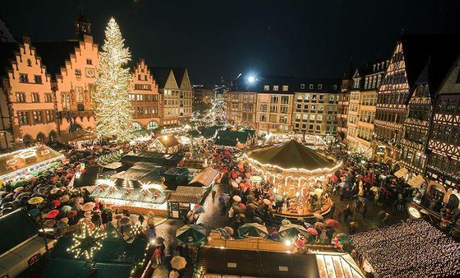 http://localhost/cosmo/wp-content/uploads/2013/12/01/strasbourg-targ-craciun.jpg