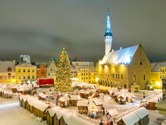 http://localhost/cosmo/wp-content/uploads/2013/12/01/tallin-targ-craciun-estonia.png