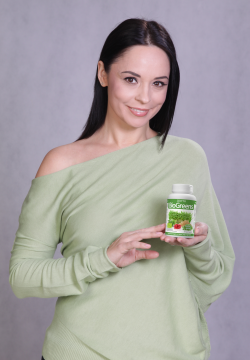 http://localhost/cosmo/wp-content/uploads/2014/02/18/andreea-marin-biogreens.png