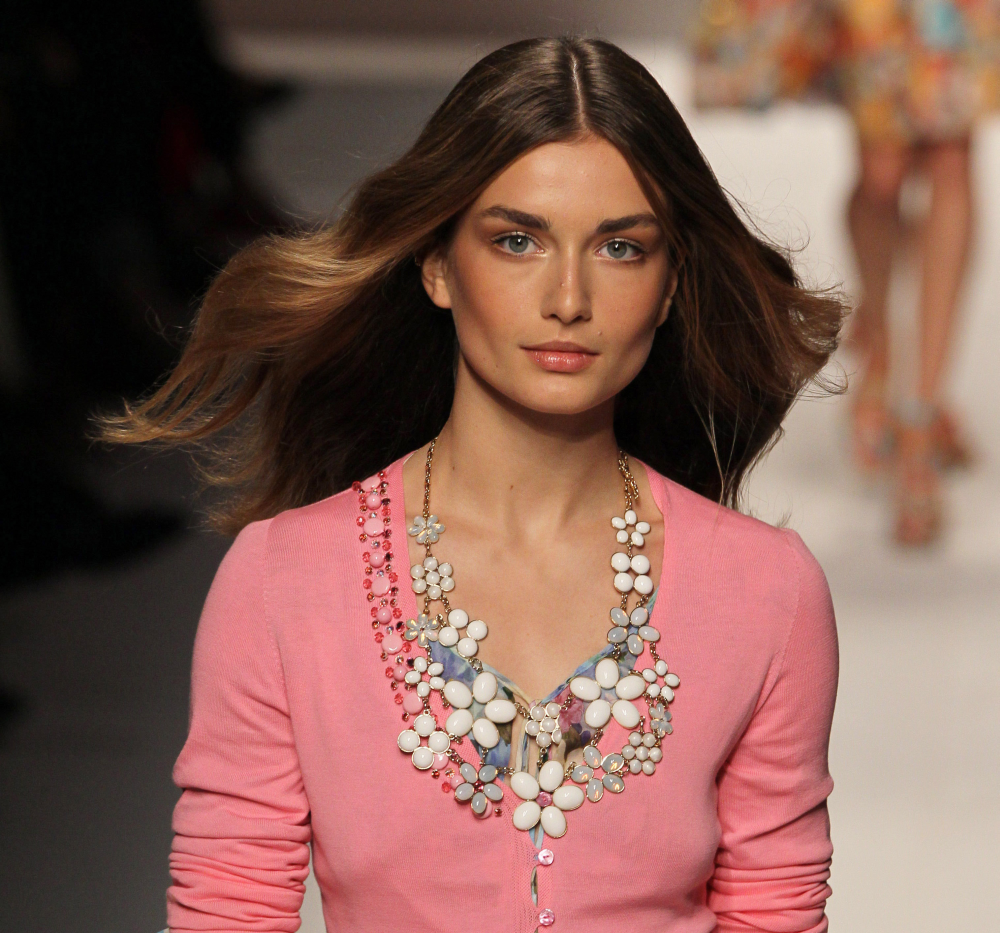 http://localhost/cosmo/wp-content/uploads/2014/02/24/andreea-diaconu-1.png