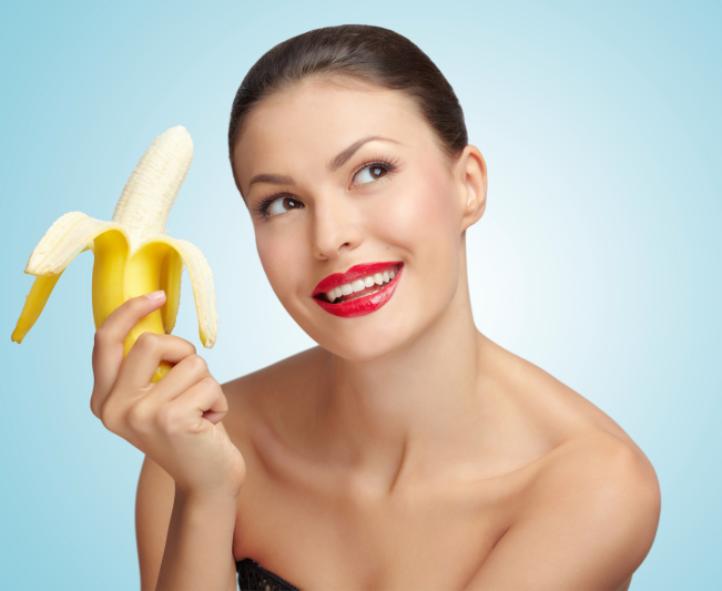 http://localhost/cosmo/wp-content/uploads/2014/02/25/femeie-mananca-banana.png