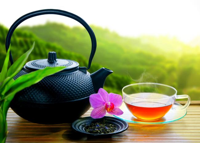 http://localhost/cosmo/wp-content/uploads/2014/05/20/ceaiul-verde-accelerarea-metabolismului.png