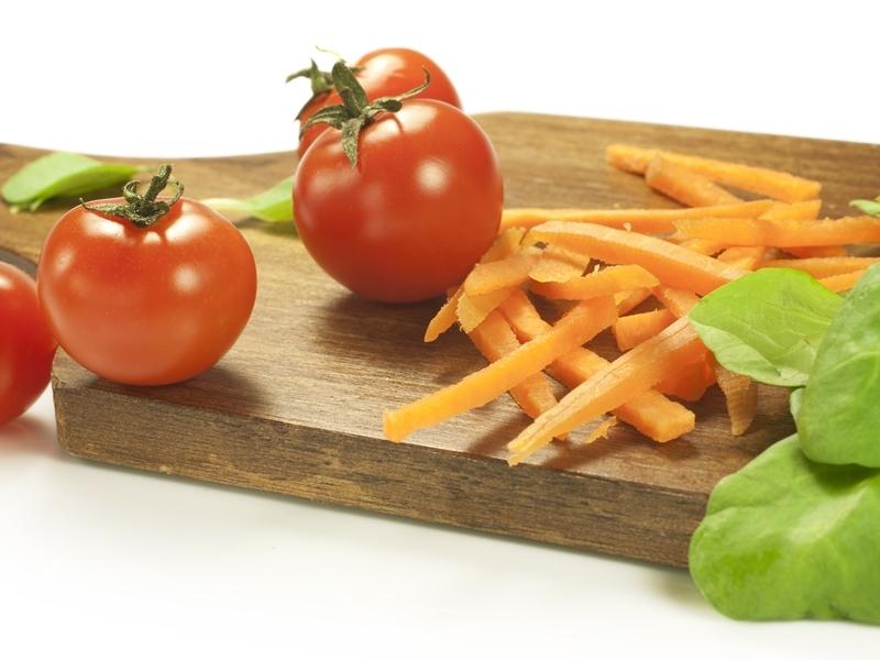 http://localhost/cosmo/wp-content/uploads/2014/05/29/rosii-morcovi-salata-800×600.jpg