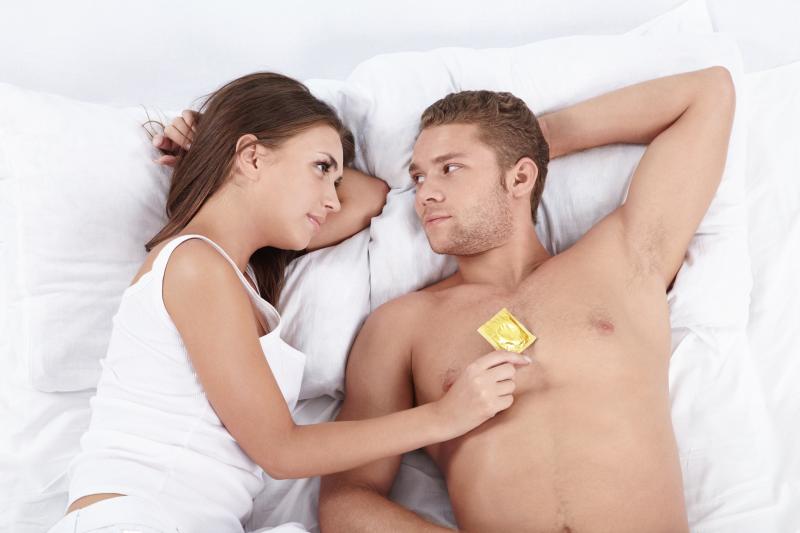 http://localhost/cosmo/wp-content/uploads/2014/06/26/faci-rupe-prezervativul.png