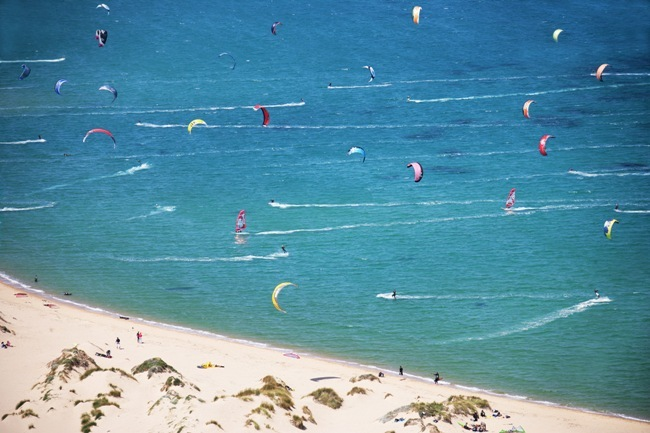 http://localhost/cosmo/wp-content/uploads/2014/07/06/kitesurfing.jpg
