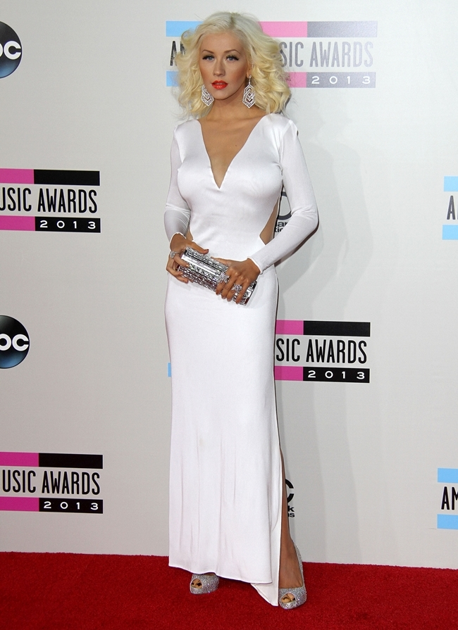 http://localhost/cosmo/wp-content/uploads/2014/07/15/christina-aguilera.jpg