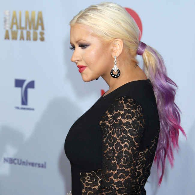 http://localhost/cosmo/wp-content/uploads/2014/07/18/christina-aguilera-par-mov.png