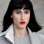 Coafuri si tunsori 2015: Breton lung si des - colectie Chanel