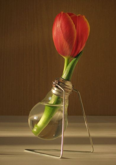 Home_made_vase_made_of_rubbish_by_KacperM