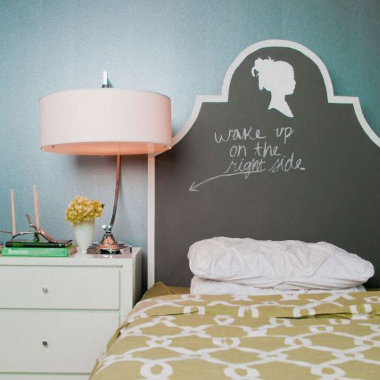 decorating-country-room-ideas-decorate-wall-shabby-chic-headboard-headboards-home-interior-simple-lamps-sets-tips-Bedroom-Design-Ideas-with-DIY-Chalkboard-Headboard