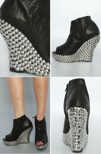 tackshoes