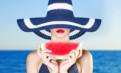 10 alimente excelente pentru protectia pielii vara