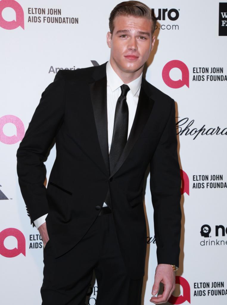Matthew Noszka – model, 22 ani