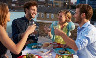 prieteni masa beneficii vin