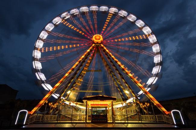 Top 10 cele mai populare parcuri de distractie din lume