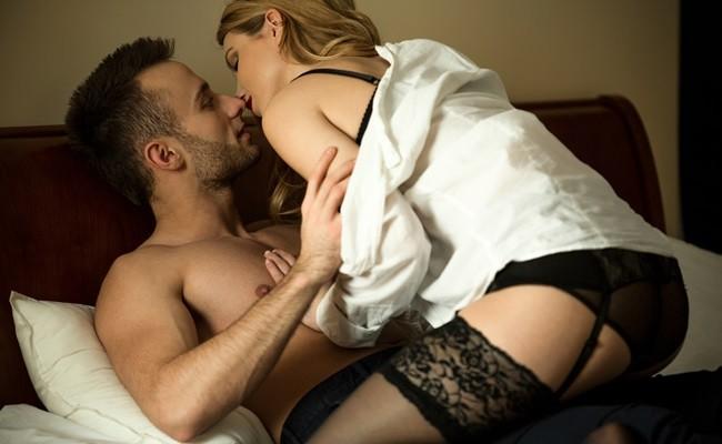 Cele mai bune motive pentru care sa stai deasupra in timpul sexului