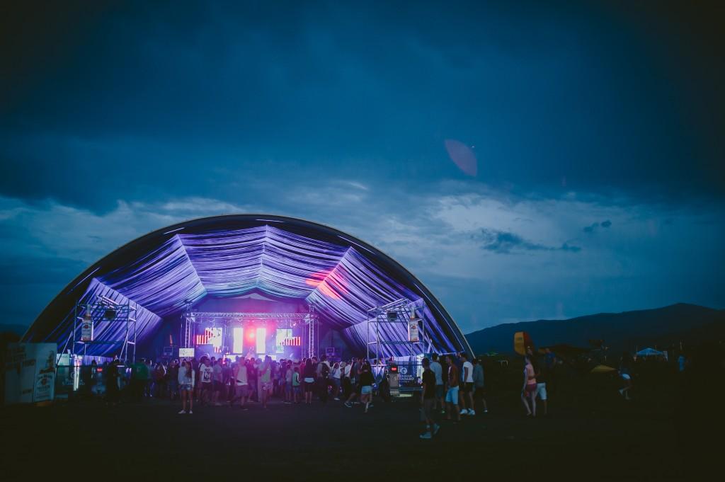 Hai la festivalul AIRFIELD 2016