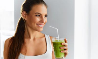 De ce sucul verde este mai sanatos decat sucul de fructe