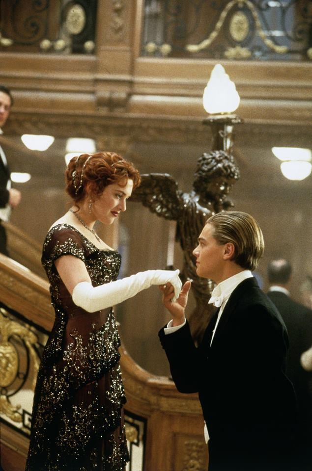 Leonardo DiCaprio și Kate Winslet în Titanic