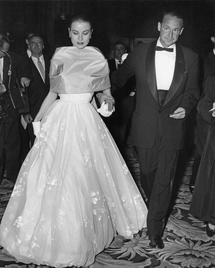 Grace Kelly la Premiile Oscar 1956