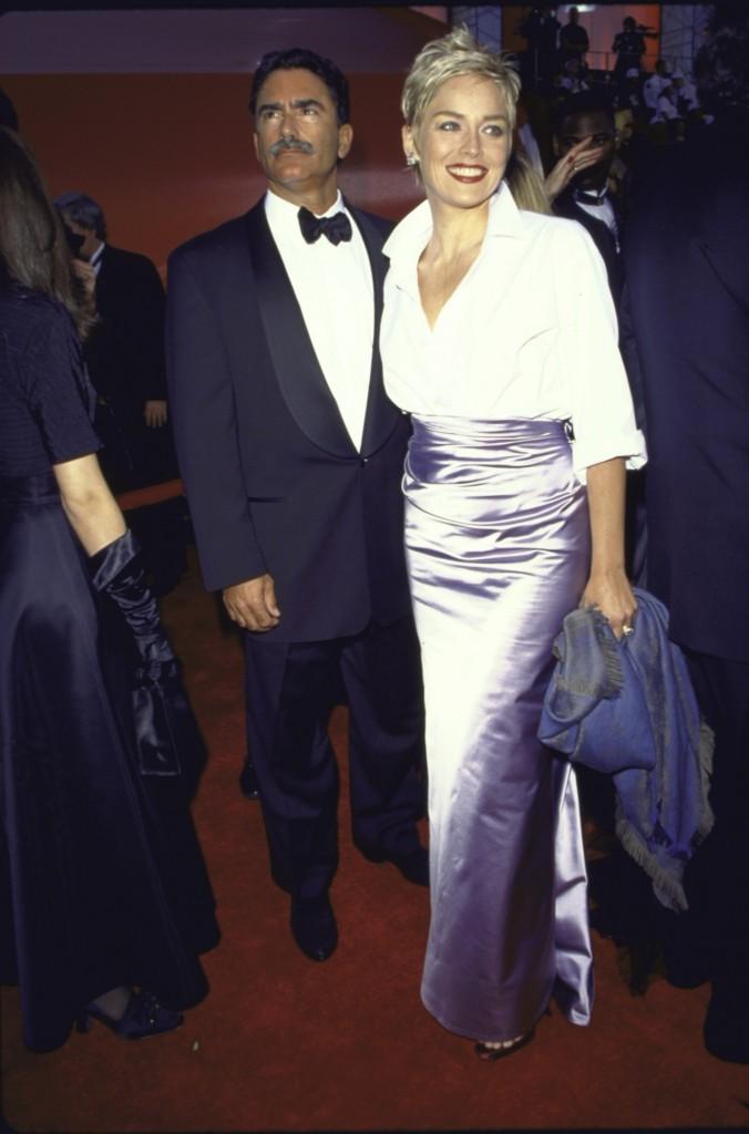 Sharon Stone la Premiile Oscar 1998