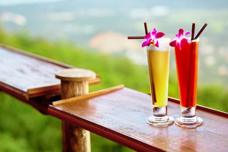 retete cocktail-uri din doua ingrediente