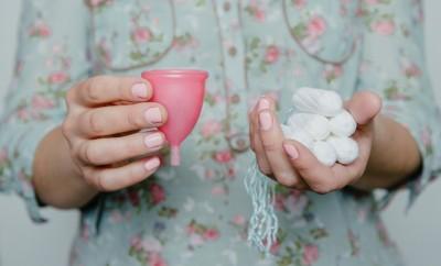 cum functioneaza cupa menstruala
