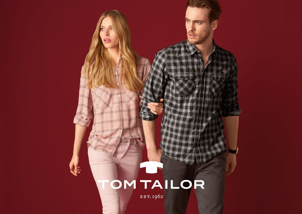 tt_a4_quer_mlogo_tt_couple_modern_fenster-609-checks_01_07