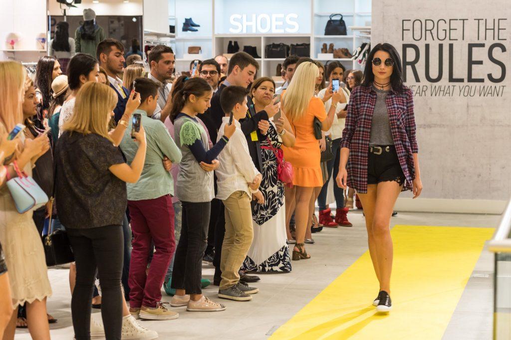 prezentare de moda