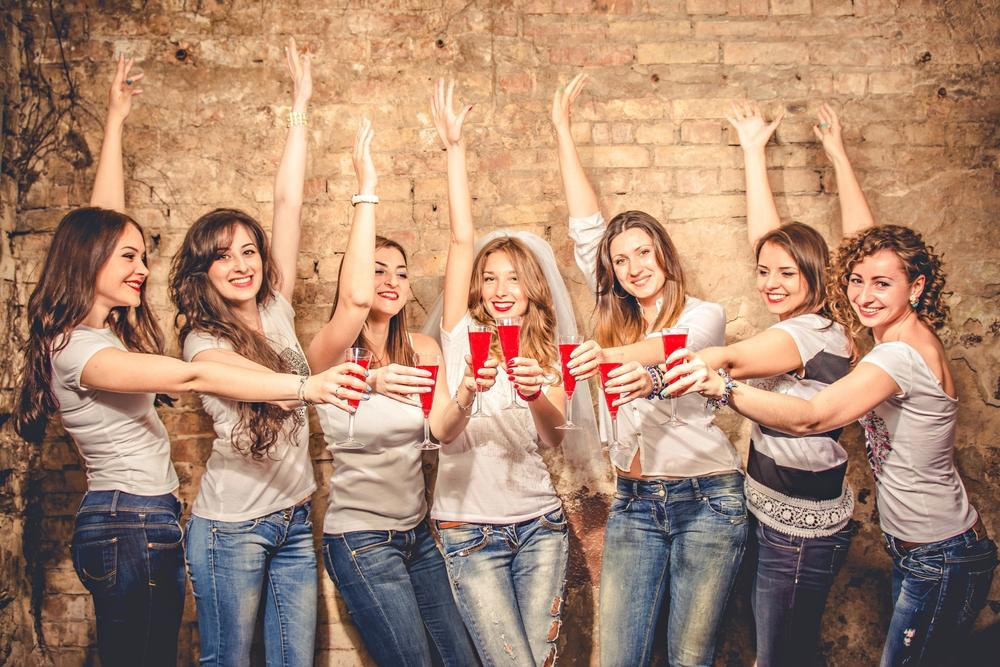 petrecerea-burlacitelor