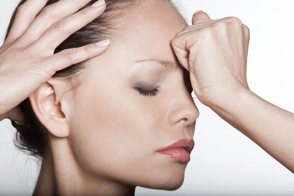 glanda-tiroida-simptome