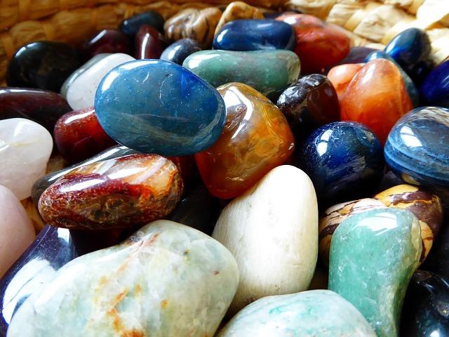 masaj de relaxare cu pietre de jad