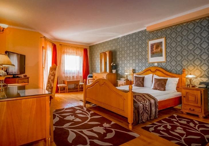 hotel korona camere