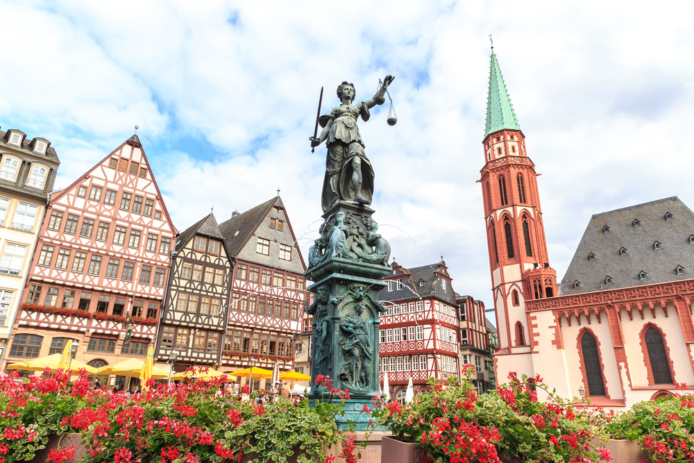 cosmpolitan frankfurt centru vechi