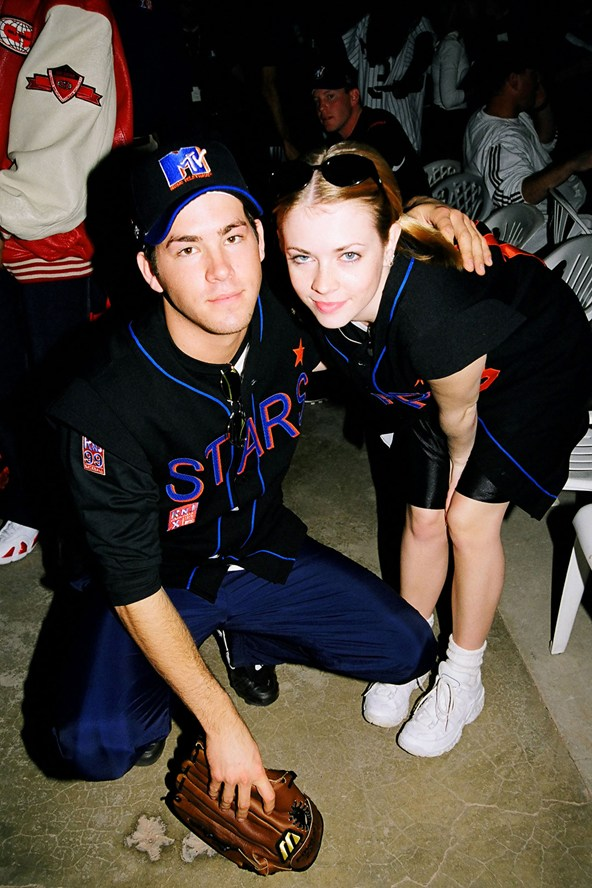 Ryan Reynolds , Melissa Joan Hart