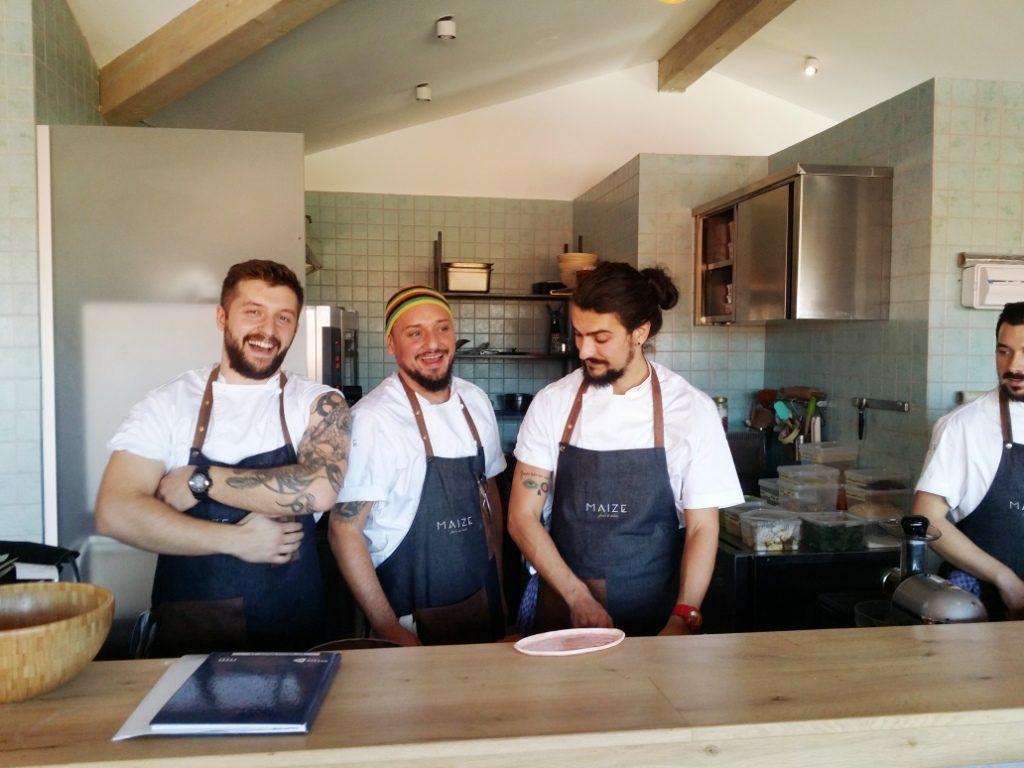 Maize-restaurant-cu-bucatarie-romaneasca-creativa-farm-to-table-72-1024×768
