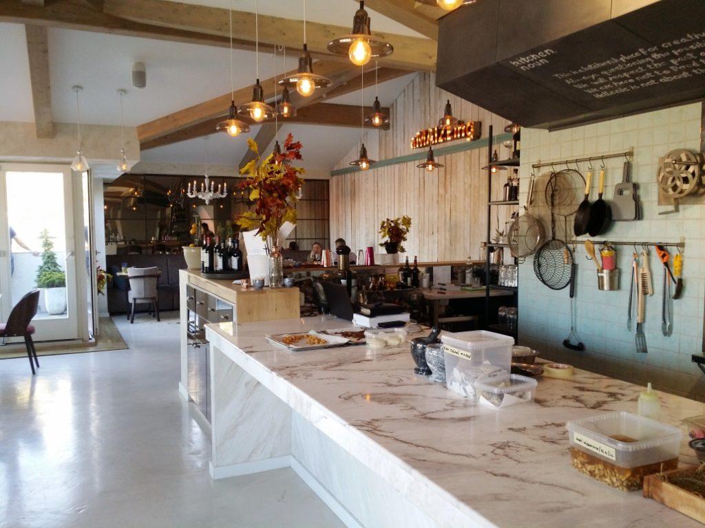 Maize-restaurant-cu-bucatarie-romaneasca-creativa-farm-to-table-74-1024×768