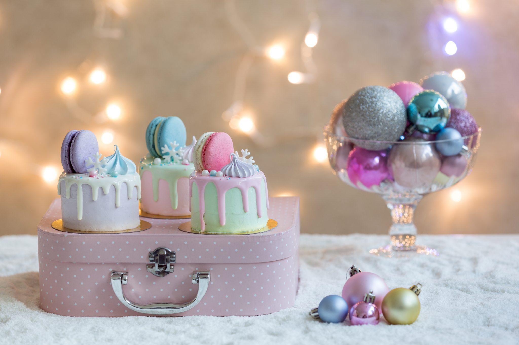 Magic Winter Grace Couture Cakes_12