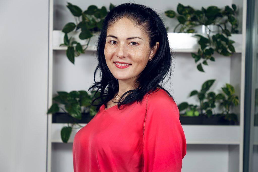 Ioana Pătru – Dental Manager