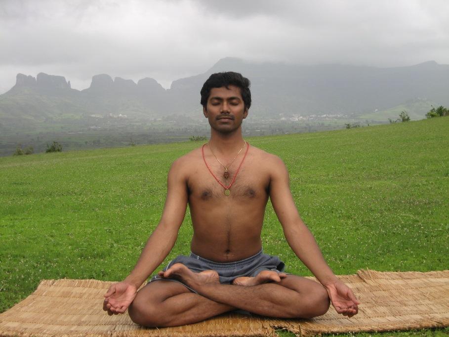 Ravi Kumar Dowluru3