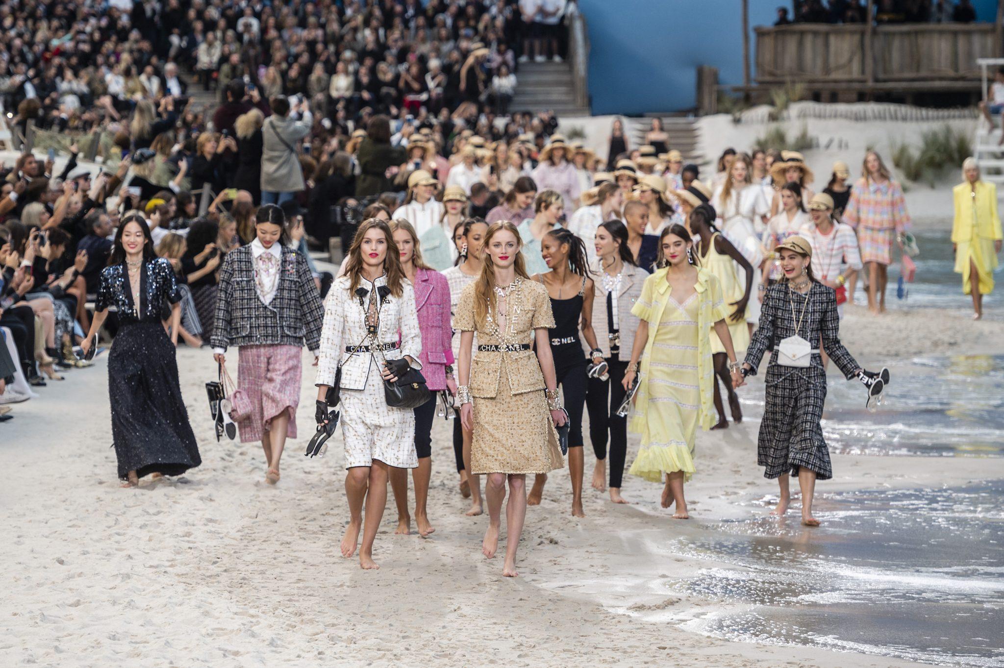 Chanel S19 Paris Fashion Week
