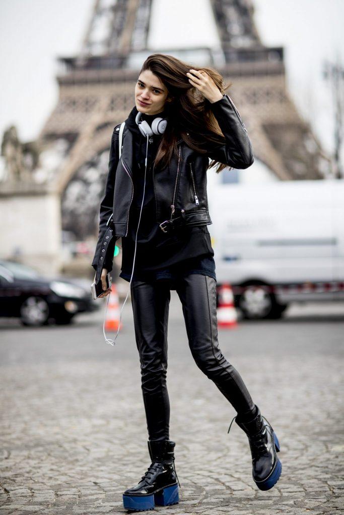 Paris str F18 037