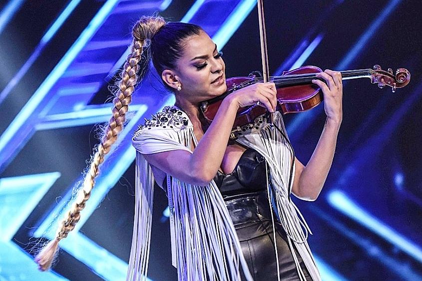 Fata cu Vioara_X Factor 2018