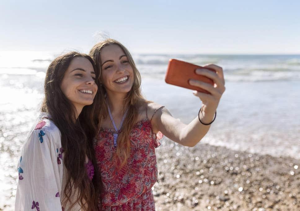 femei selfie