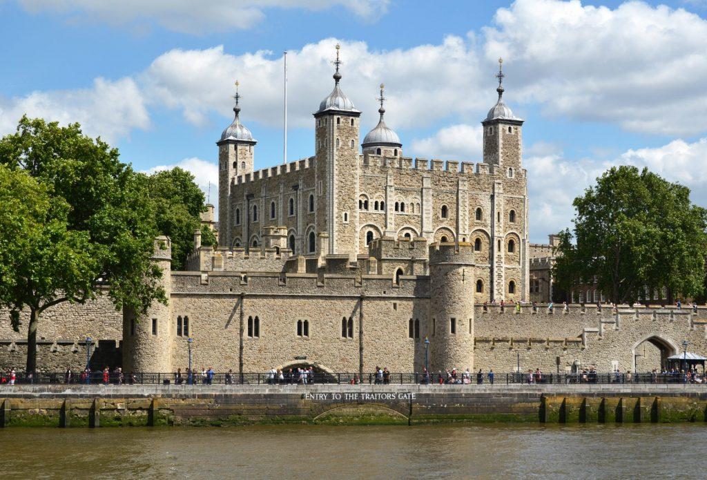 Tower-of-London-photo-credit-Alexander-Chaikin