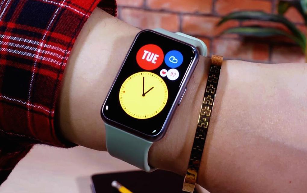 poze huawei watch.001