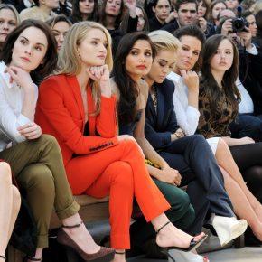 Michelle Dockery, Rosie Huntington-Whiteley, Freida Pinto, Rita Ora si Kate Beckinsale la Burberry Prorsum toamna-iarna 2013